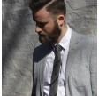 August slips - Grå med sorte striber
